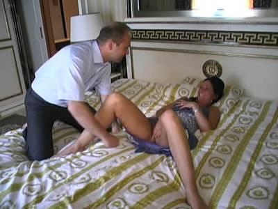 Heisser Homemade Sex mit einer Schwarzhaarigen