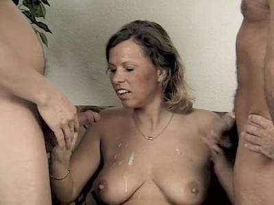 Reife Ehepaar auf der Porno Couch