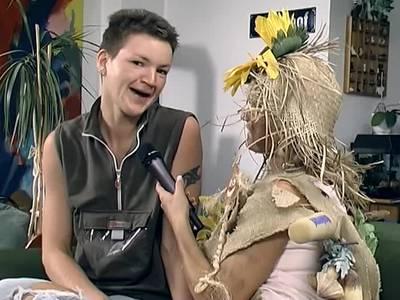 Maskuline Frau beim Solosex Casting